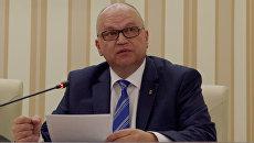 Глава администрации города Симферополя Геннадий Бахарев