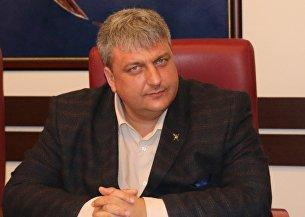 Глава администрации Керчи Владимир Подлипенцев