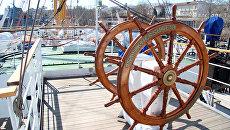 Парусное учебное судно Херсонес. Архивное фото