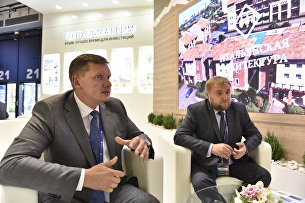 Президент Группы компаний КСК Николай Шалимов и вице-президент Алексей Кащенко на Санкт-Петербургском экономическом форуме