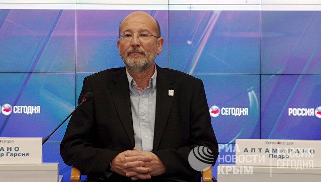 Федеральный координатор национальной партии Андалузии (г. Малага, Испания) Сальвадор Гарсия Урбано на пресс-конференции в мультимедийном пресс-центре МИА Россия сегодня в Симферополе