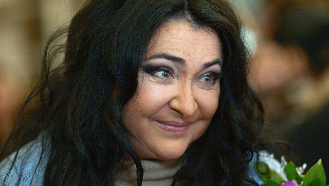 Аферисты сорвали концерты Лолиты вКрыму