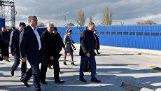 Глава Крыма Сергей Аксенов посетил в порту Керчь Керченской паромной переправы новую накопительную площадку для автомобилей