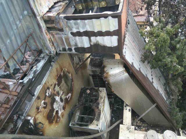 ВЯлте изгорящей гостиницы эвакуировали 25 человек