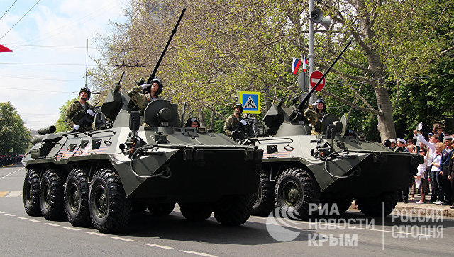 Военный парад в Севастополе