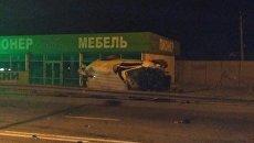 Микроавтобус врезался в высоковольтную опору на трассе Симферополь-Ялта