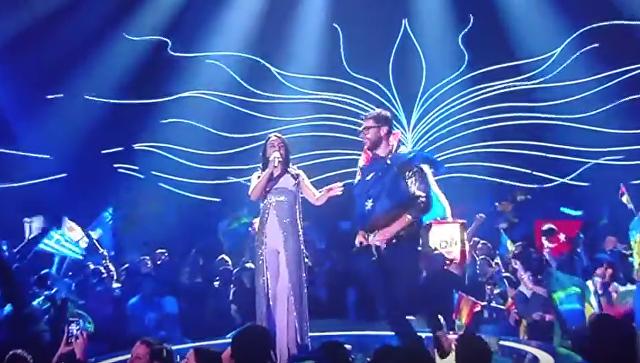 Мужчина оголился на сцене во время выступления Джамалы на Евровидении