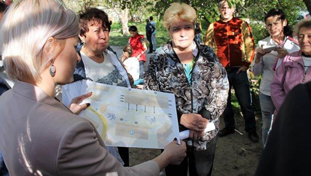 Активисты ОНФ оценили эскизы благоустройства крымских дворов