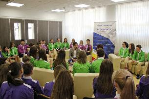 Большое интервью директора МДЦ Артек Алексея Каспржака с воспитанниками центра