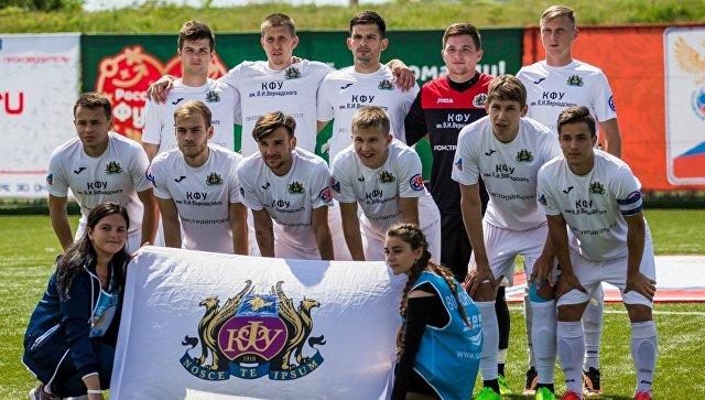 Сборная КФУ по футболу на финальном этапе Национальной студенческой футбольной лиги, который прошел на базе спорткомплекса Арена-Крым в Евпатории
