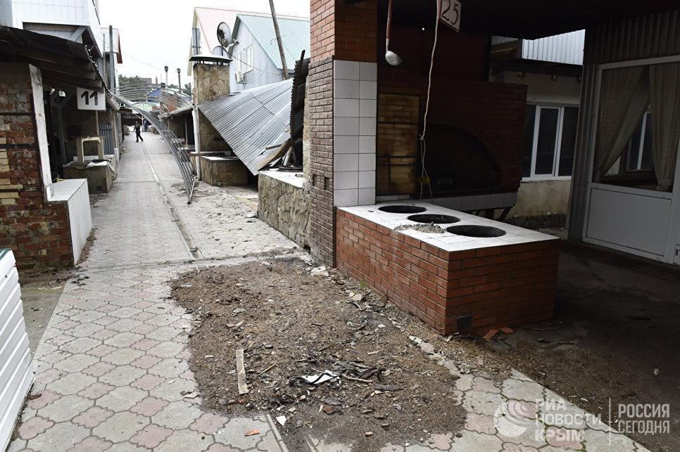Демонтаж самостроев на плато Ай-Петри