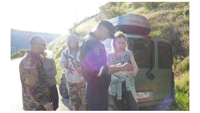 Экстремалка из столицы едва неубилась окрымские скалы