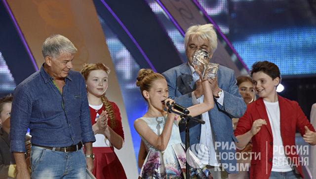 Участница международного конкурса молодых исполнителей популярной музыки Детская Новая волна Тали Купер (Израиль), занявшая второе место