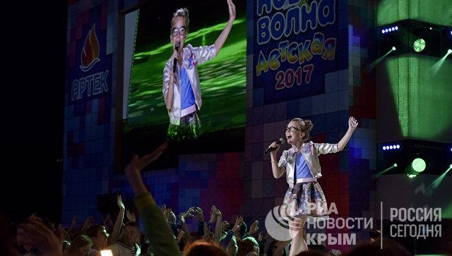 Участница международного конкурса молодых исполнителей популярной музыки Детская Новая волна в МДЦ Артек