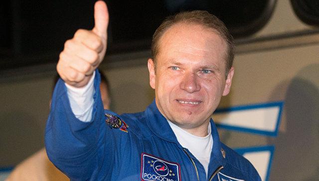 Член основного экипажа пилотируемого космического корабля Союз ТМА-10М космонавт Роскосмоса Олег Котов