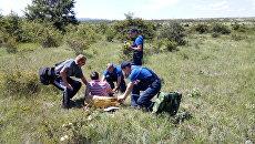 Крымские спасатели оказывают помощь пострадавшей