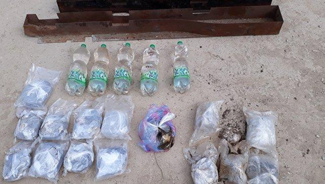 ФСБ отыскала ужительницы Крыма опиум на120млнруб.