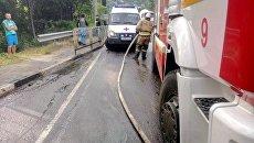 Столкновение рейсового автобуса с иномаркой на Ялтинской трассе