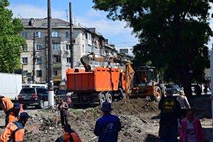 Работы по реконструкции площади перед Центральным рынком в Симферополе
