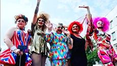 Марш равенства ЛГБТ-сообщества в Киеве. Крайняя справа - травести-дива Жанна Симеиз