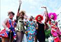 """Марш равенства"" ЛГБТ-сообщества в Киеве. Крайняя справа - травести-дива Жанна Симеиз"