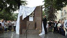 В Симферополе к юбилею военно-политического строительного училища открыли стелу