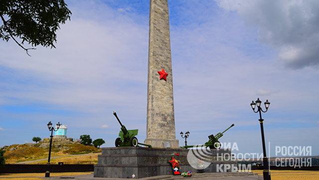 Обелиск Славы на горе Митридат в Керчи