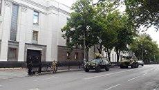 Военная техника у здания Верховной рады Украины в Киеве. 3 июля 2017