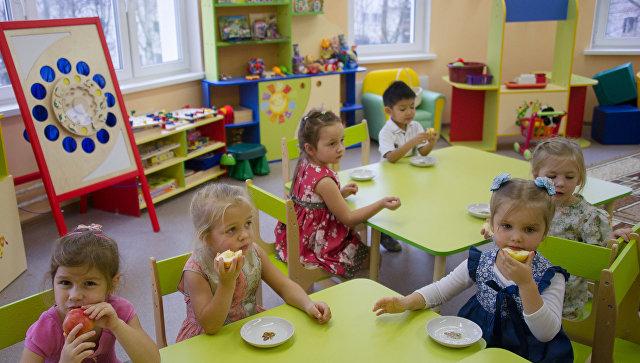 Дети в детском саду. Архивное фото