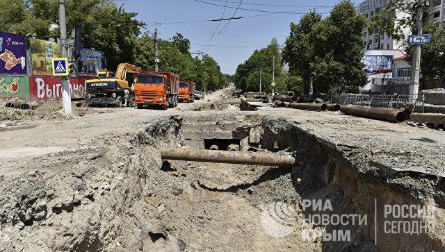 Ремонтные работы по улице Толстого в Симферополе