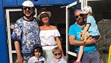 Филипп Киркоров и Эвелина Бледанс с детьми на отдыхе в Крыму