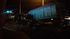 ДТП с участием автомобилей КамАЗ и Lexus в Симферополе