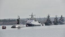 Генеральная репетиция парада кораблей и военно-спортивного праздника в честь Дня ВМФ России в Севастполе