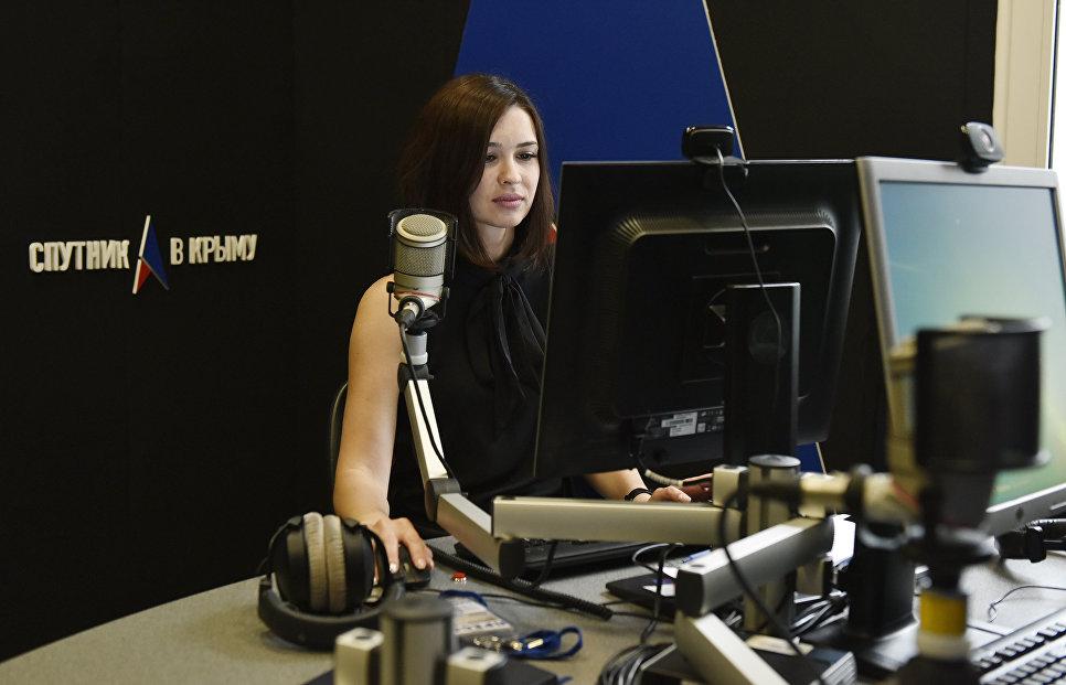 Работа радио Спутник в Крыму. Обозреватель Светлана Калинина