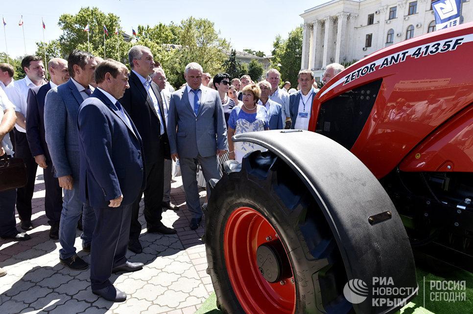 Годовой товарооборот между Крымом иВладимирской областью превысил млрд. руб.