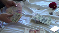 Сотрудник ОМВД России по г. Алушта подозревается в получении взятки. Оперативное видео