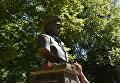 Памятник Василию Маргелову в парке им. Гагарина в Симферополе
