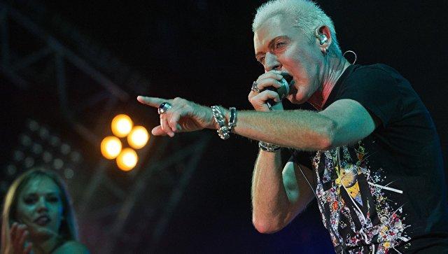 Солист немецкой группы Scooter Эйч Пи Бакстер выступает на музыкальном фестивале #ZBFest в Балаклаве