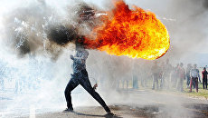 Протесты в городе Грабу. Работа фотографа Фандулвази Джайкло (ЮАР)
