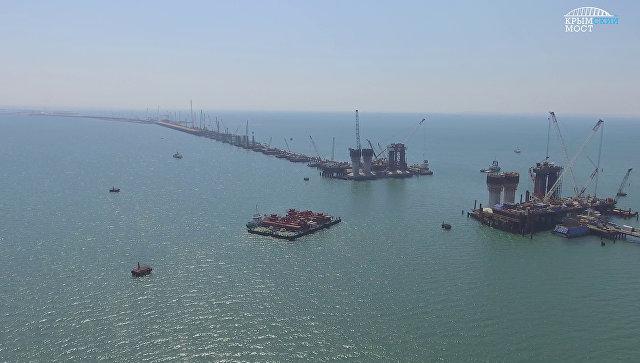 В Керченском проливе протестирована плавсистема для перевозки арок Крымского моста