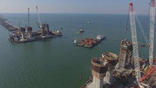 Тестирование плавсистемы для перевозки арок Крымского моста. Съемка с воздуха
