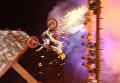 Байкеры-трюкачи, акробаты и танцоры на открытии байк-шоу в Крыму