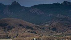 Подножие горы Кара-Даг в Крыму. Архивное фото