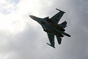 Российский истребитель-бомбардировщик Су-34