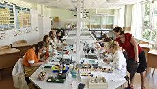 Урок химии в школе МДЦ Артек