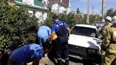 ДТП в Феодосии, в котором автомобиль придавил пешехода к ограждению