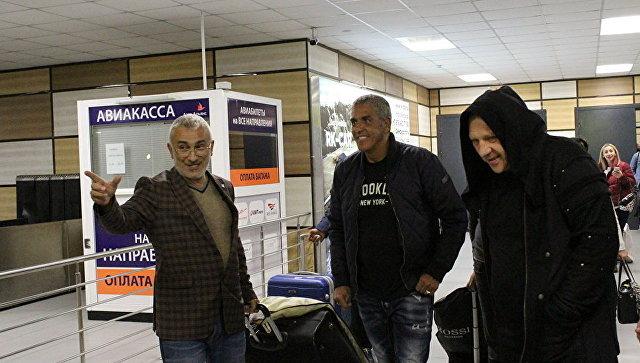 Французский актер, исполнитель главной роли в фильме Такси Сами Насери прилетел в Крым