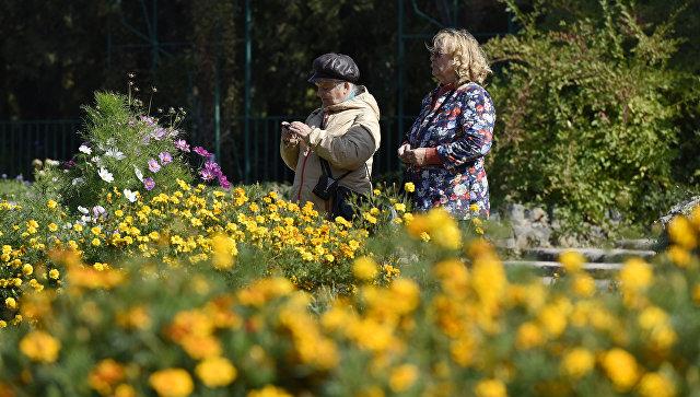 Ботсад КФУ в Симферополе осенью