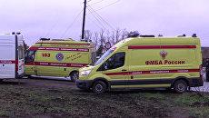 Машины скорой помощи на месте столкновения пассажирского автобуса c поездом на железнодорожном переезде во Владимирской области