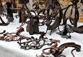 Изделия ремесленников на военно-историческом фестивале Русская Троя в Севастополе